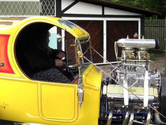 c-cab2.jpg