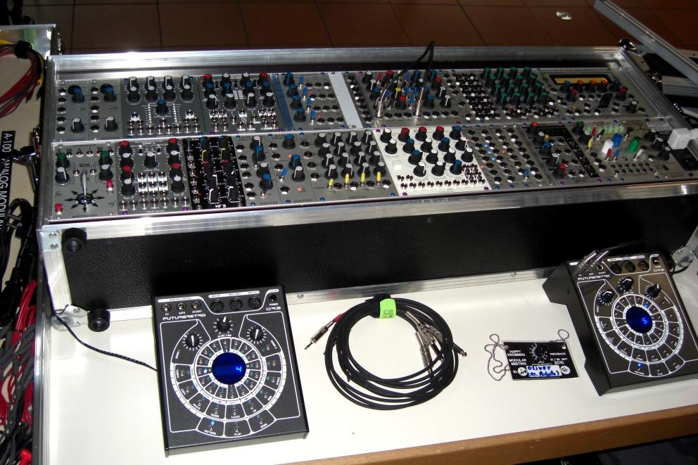 3HE modular rack