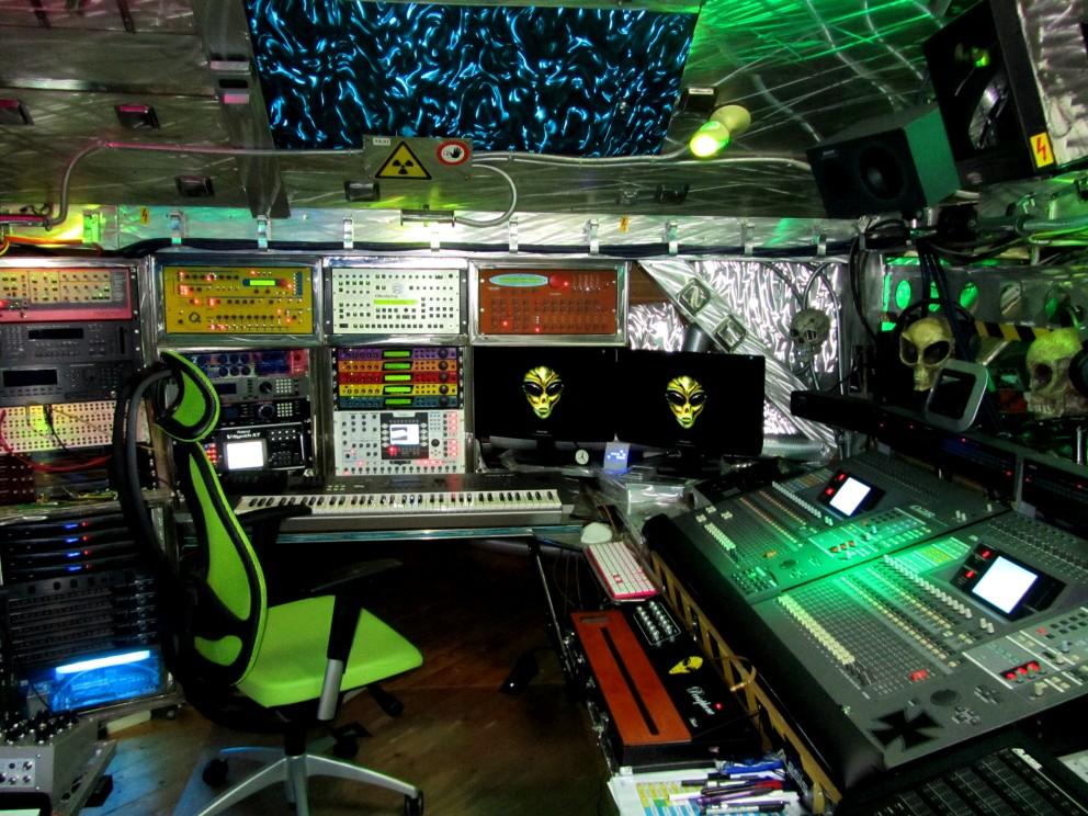 Studio2012-010