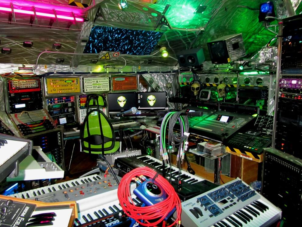 Studio2012-049