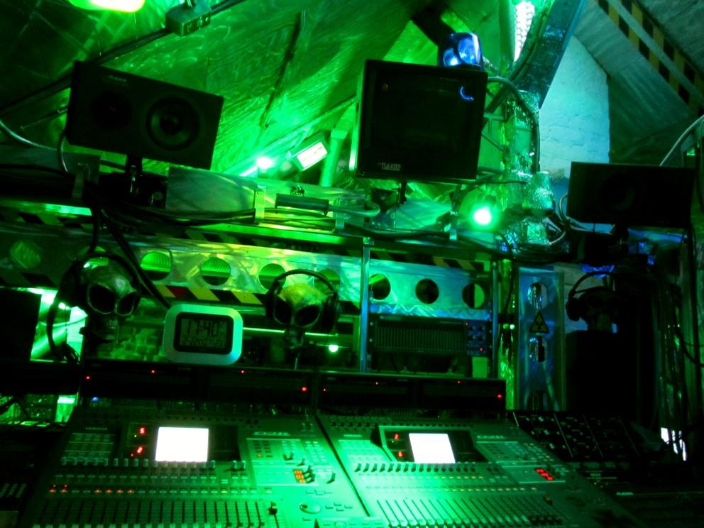 Studio2012-081