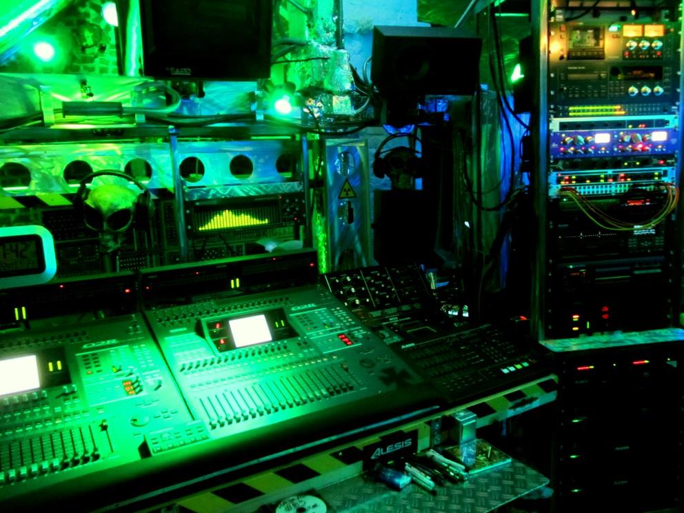 Studio2012-084
