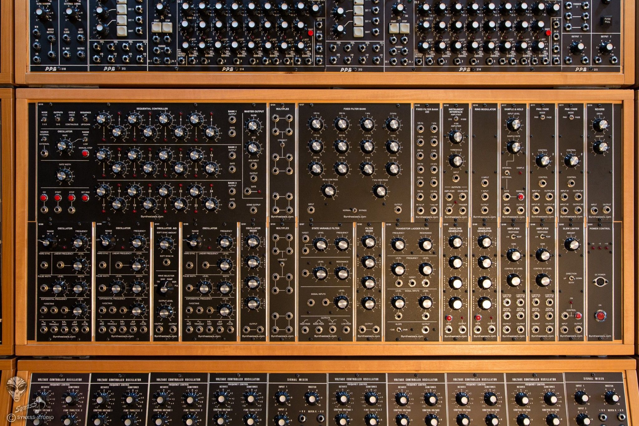 Big Modular Synth 004