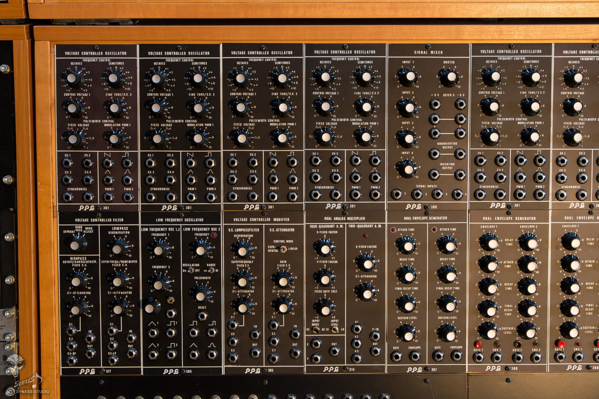 Big Modular Synth 005