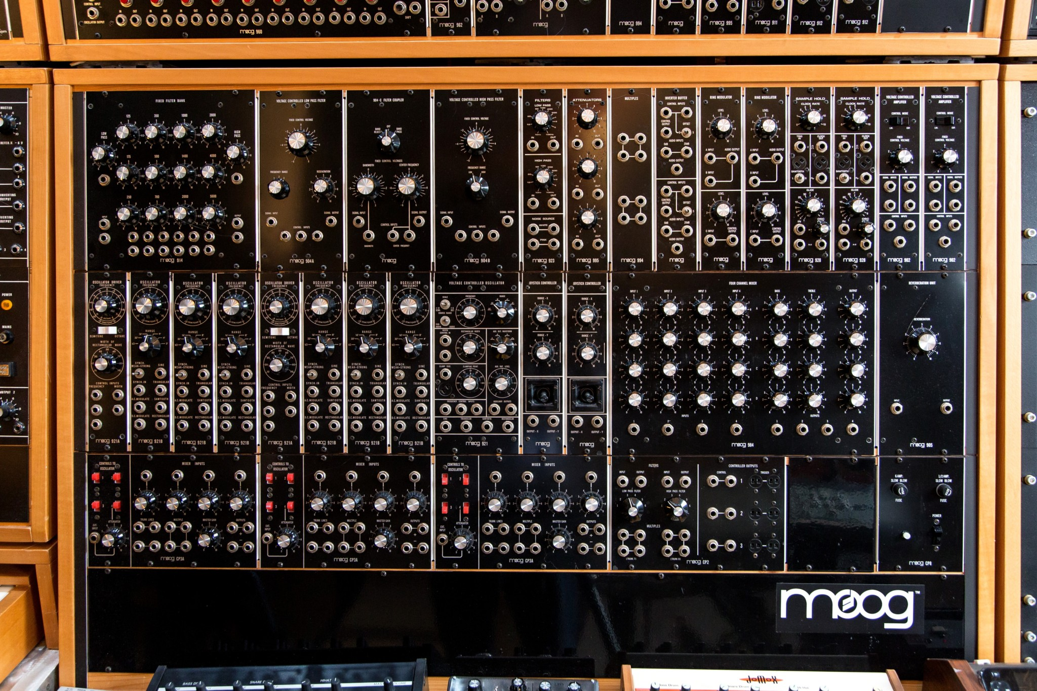 Big Modular Synth 020