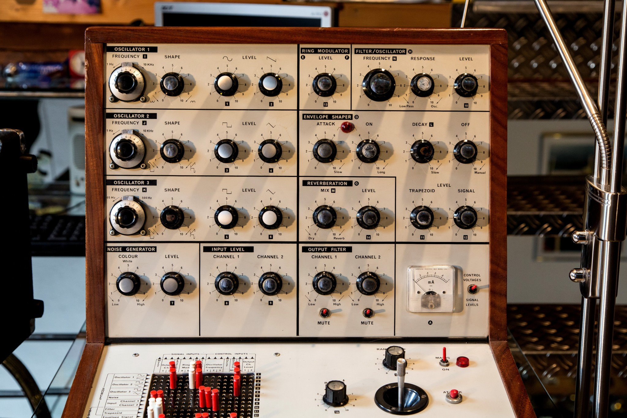 Big Modular Synth 043