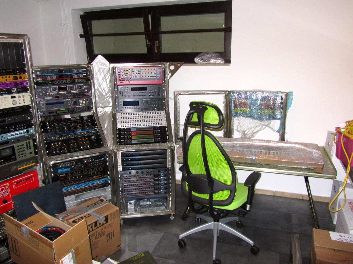 Studio2013-405