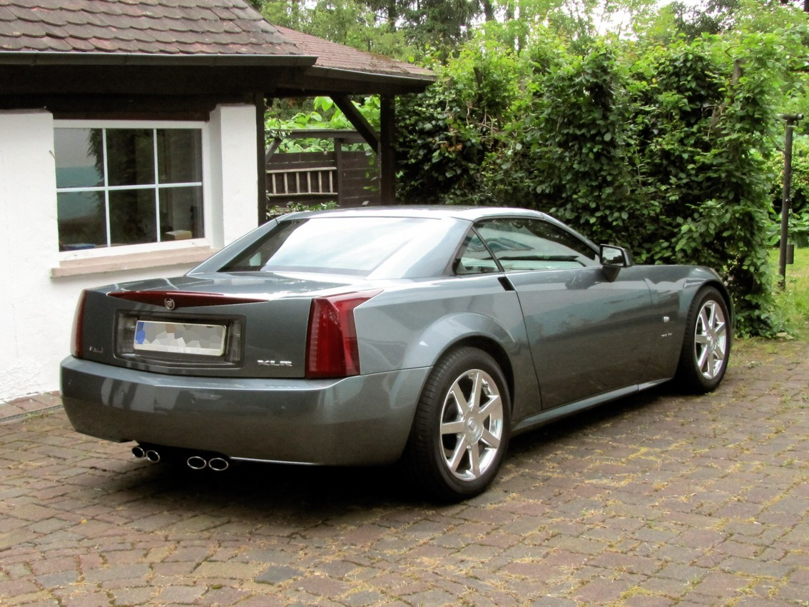 Cadillac XLR 04