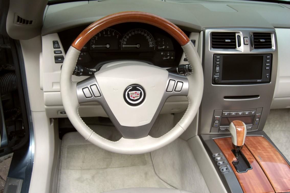 Cadillac XLR 05