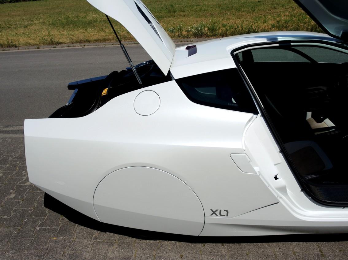 XL-1 04