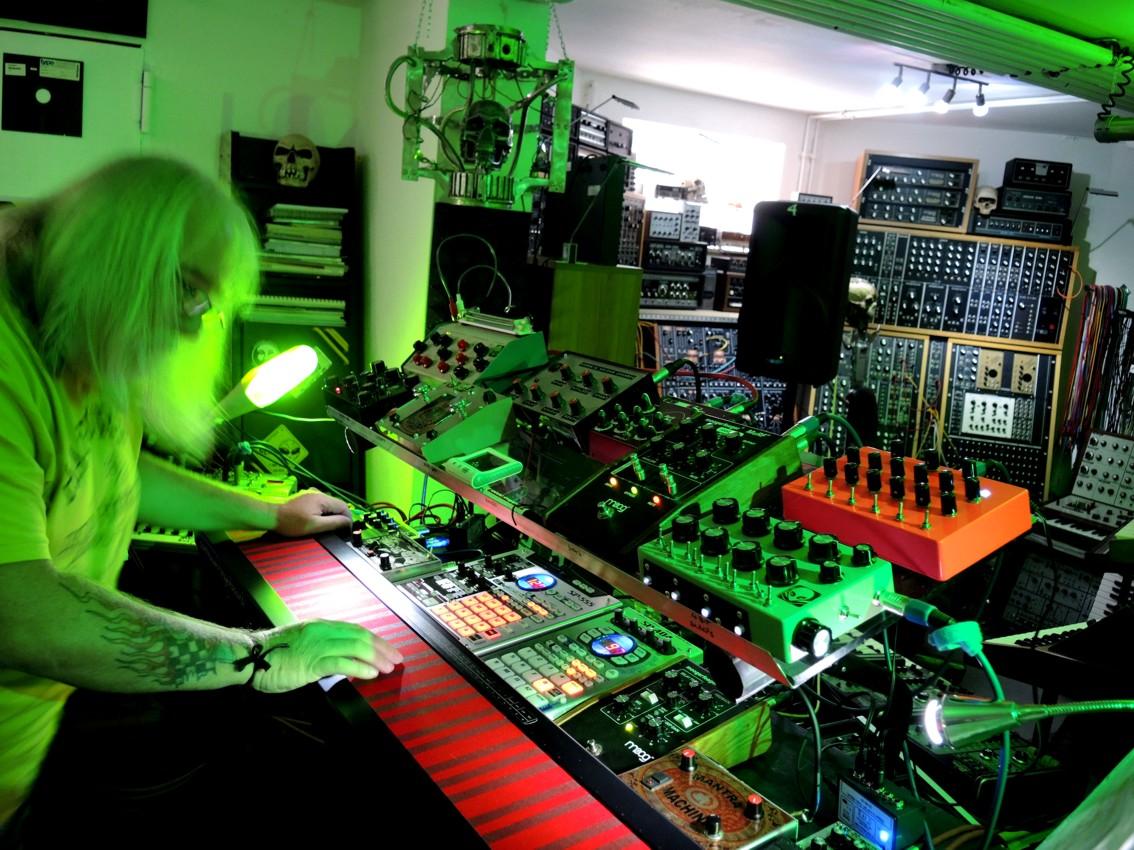 Studio2014-059