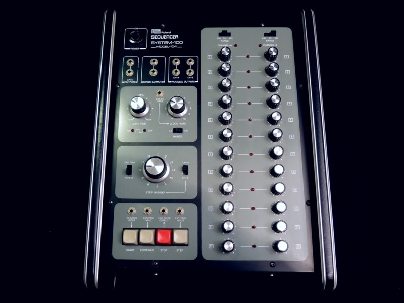Roland 104-01