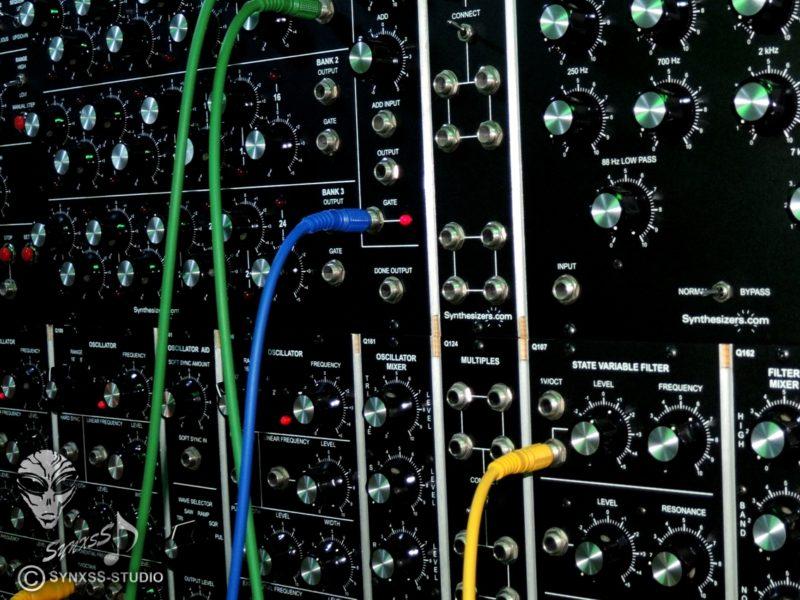 Synthesizer-Com Modular 7-16